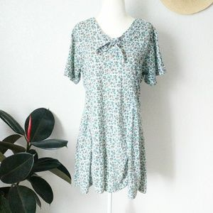 90s Vintage Floral Tie Neck Button Down Romper XL